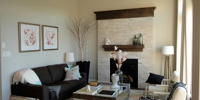 Inhabitr_Choosing dark furniture for small rooms