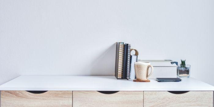 Inhabitr_Unclutter your apartment
